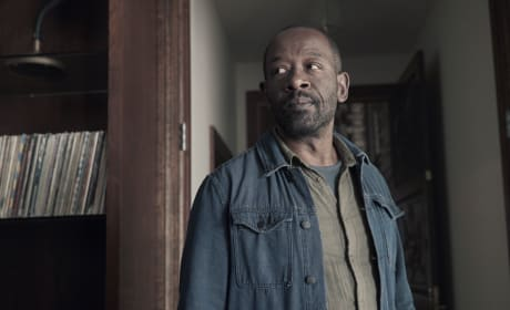 On The Lookout - Fear the Walking Dead Season 4 Episode 9