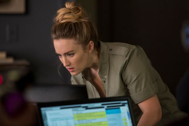 Super Sleuth - Blindspot Season 3 Episode 7