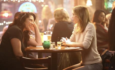 Sharing a Drink, A Laugh - Grey's Anatomy Season 11 Episode 5