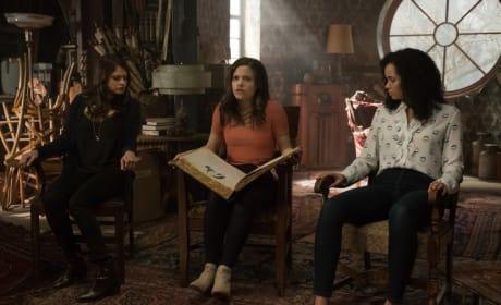 Charmed Pilot 3 - Charmed (2018)