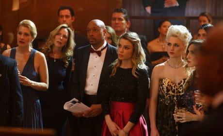 Undercover - Lucifer Season 1 Episode 11