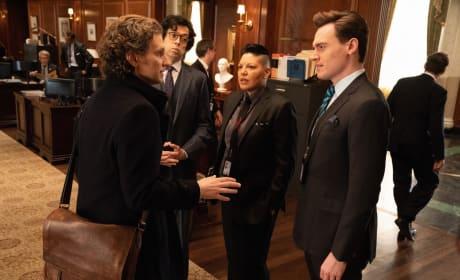 (HORIZONTAL) An Important Meeting - Madam Secretary Season 5 Episode 17