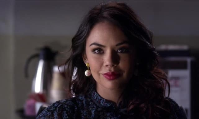 Mona is revealed as A - Pretty Little Liars
