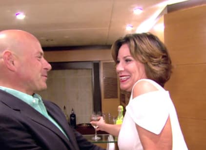 Watch The Real Housewives of New York City Season 8 Episode 17 Online