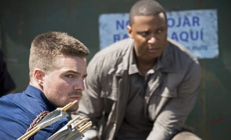 Oliver and Diggle In the Field - Arrow Season 3 Episode 3
