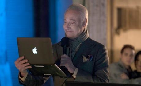 Data checks his data - The Blacklist Season 4 Episode 14