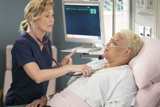 Watch Grey\'s Anatomy Season 15 Episode 1 Online - TV Fanatic