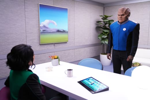 Bortus Sees the Doctor - The Orville Season 2 Episode 6