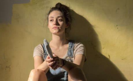 Fiona Is Upset - Shameless Season 8 Episode 3