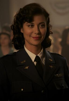 Retro Army Wife