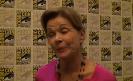 Jessica Walter Plays Coy at Comic-Con