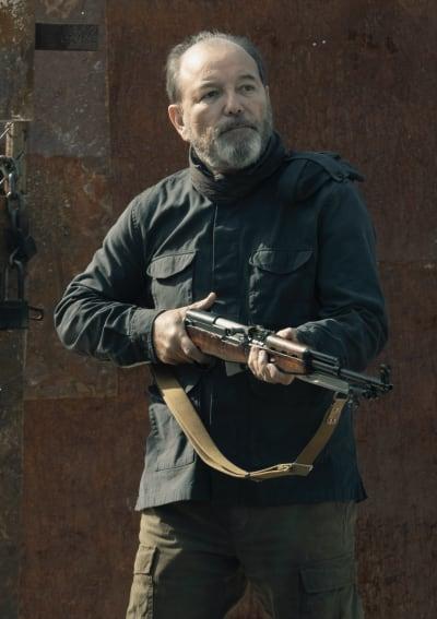 Make Way for Daniel - Fear the Walking Dead Season 5 Episode 2