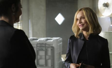 Cat Meets Lillian - Supergirl Season 2 Episode 21