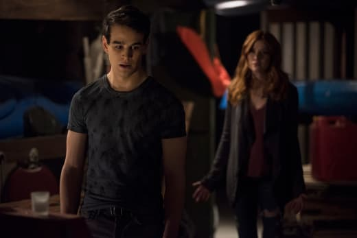 Trouble In Paradise - Shadowhunters Season 2 Episode 15