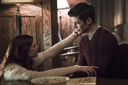 His Mother's Arms - The Flash Season 2 Episode 21