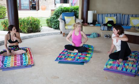Yoga in Mexico - The Real Housewives of New York City