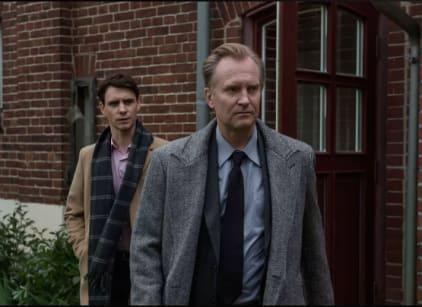 Watch Counterpart Season 1 Episode 5 Online