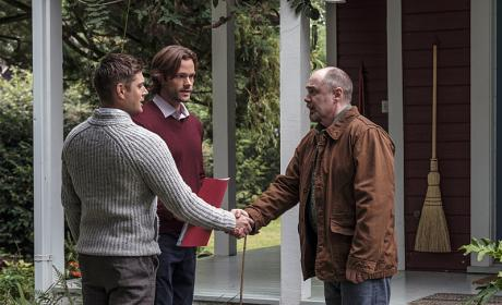 Welcome to the neighborhood - Supernatural Season 12 Episode 4