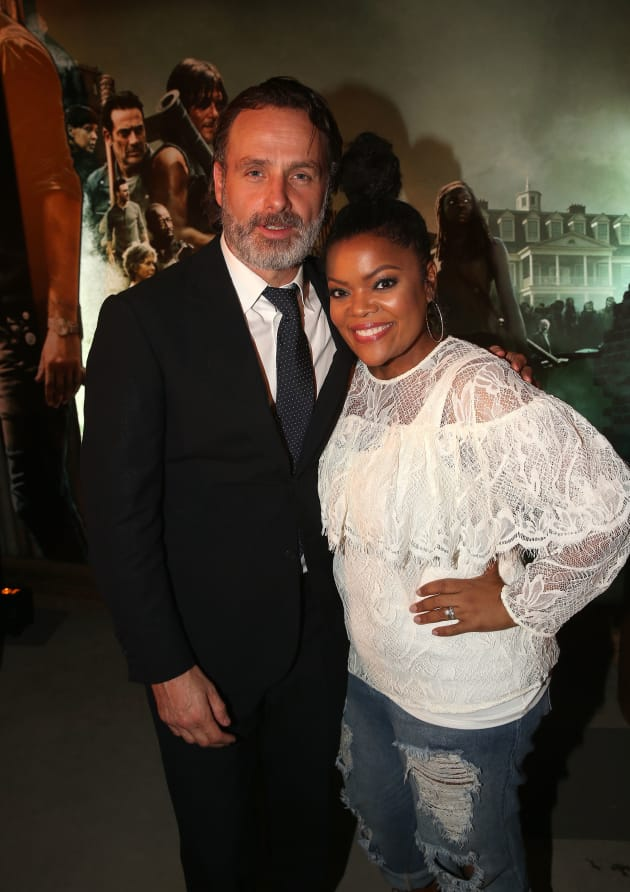 Yvette Nicole Brown and Andrew Lincoln - The Walking Dead