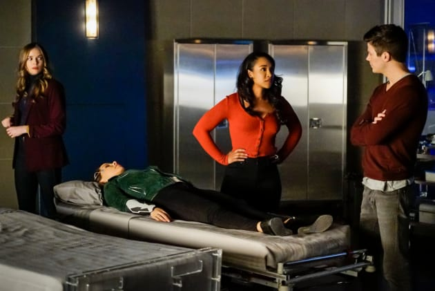 Barry and Iris Figure Out A Plan - The Flash Season 5 Episode 12