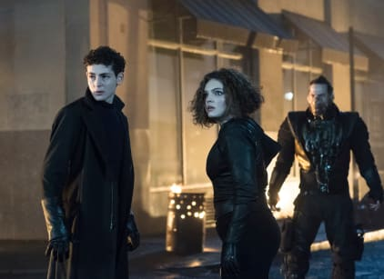 Watch Gotham Season 5 Episode 11 Online