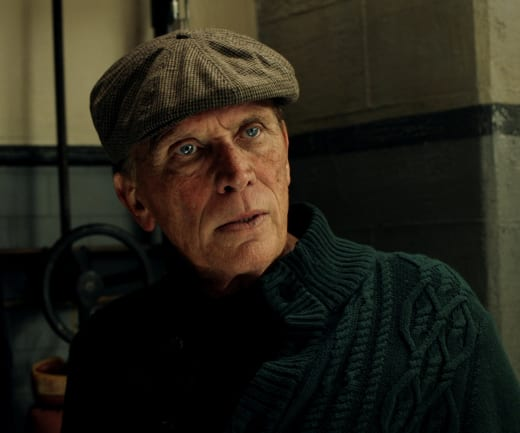 Man Behind the Curtain - The Last Ship Season 4 Episode 4