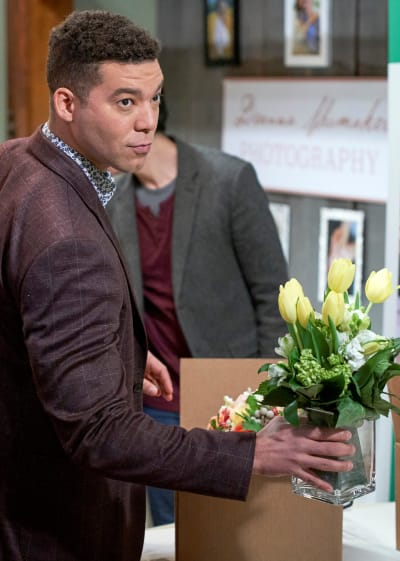 Flowers United - Good Witch Season 7 Episode 7