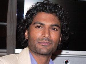 Sendhil Ramamurthy Pic