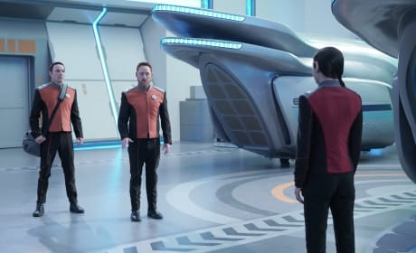 Stand Off - The Orville Season 2 Episode 10