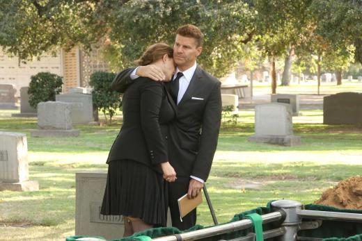 Booth Comforts Brennan - Bones Season 12 Episode 8