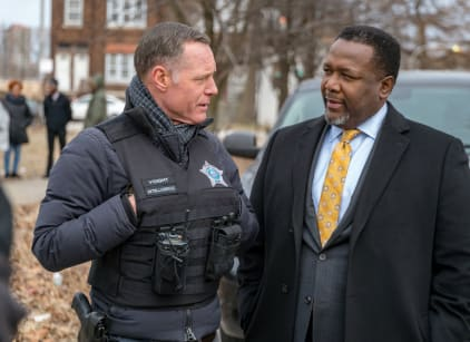 Watch Chicago PD Season 6 Episode 18 Online