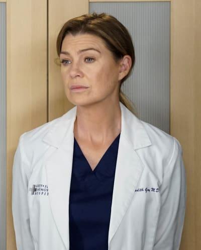 Cristina's Package - Tall  - Grey's Anatomy Season 16 Episode 9