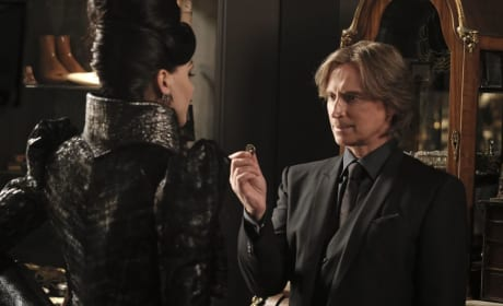 A Trinket - Once Upon a Time Season 6 Episode 2