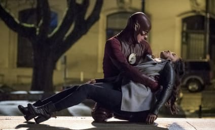 The Flash Photos: What's Barry's Next Move?