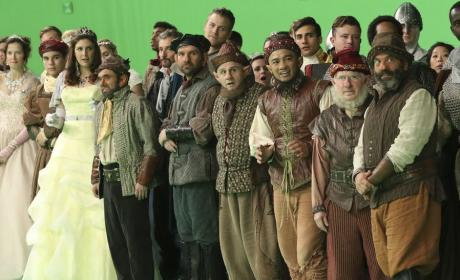 The Dwarves Watch from the Sidelines: Once Upon a Time Season 6 Episode 10