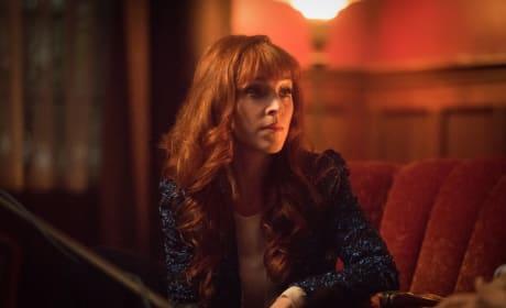 Rowena gets comfortable - Supernatural Season 12 Episode 13
