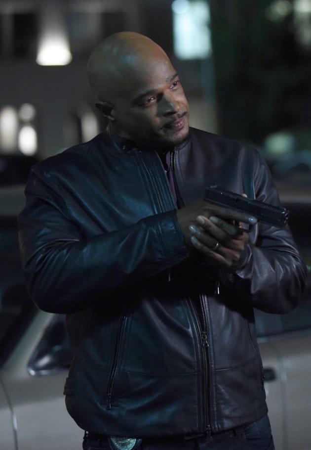 Bad Guy - Lethal Weapon Season 2 Episode 11