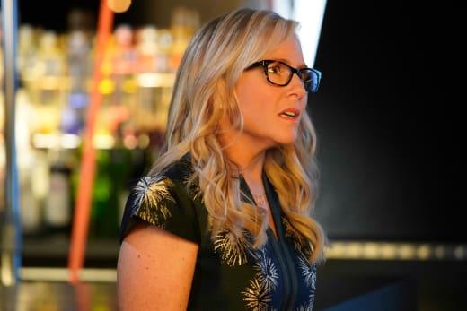 Linda is Confused - Lucifer Season 3 Episode 15