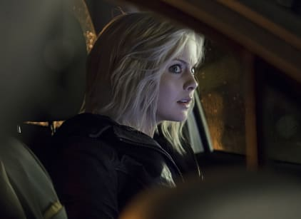 Watch iZombie Season 1 Episode 11 Online
