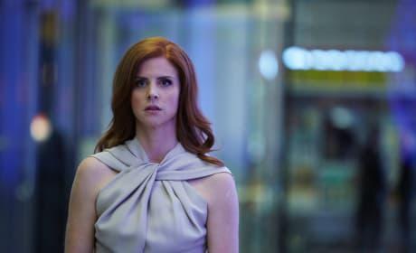 Serious Donna