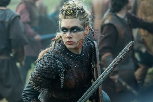 Lagertha Fights - Vikings Season 5 Episode 10