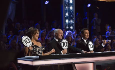 The Judges Are All Smiles - Dancing With the Stars: Athletes Season 26 Episode 4