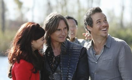 Once Upon a Time Return Promo: Look Who's Coming...
