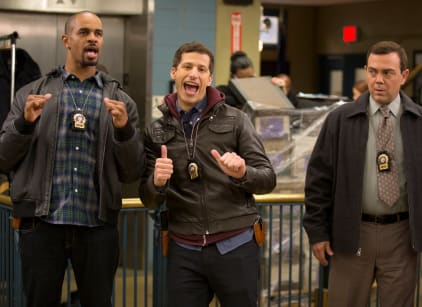 Watch Brooklyn Nine-Nine Season 3 Episode 15 Online