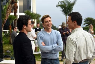 Old Friends- American Crime Story: Versace Season 1 Episode 6