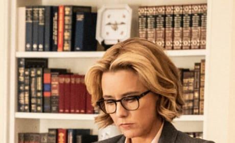 (TALL) Looking Presidential - Madam Secretary Season 5 Episode 14