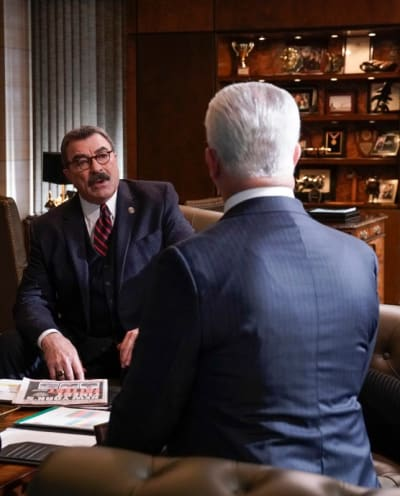 The Latest Meeting - Blue Bloods Season 9 Episode 18