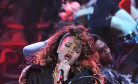 Rihanna X Factor Picture