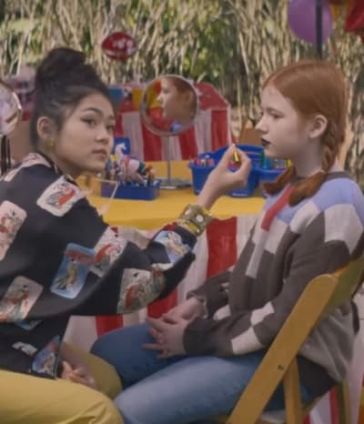 Face painting - The Baby-Sitters Club Season 2 Episode 6