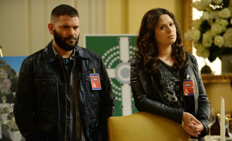 Quinn and Huck - Scandal Season 4 Episode 17